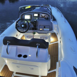 Cockpit boat lighting